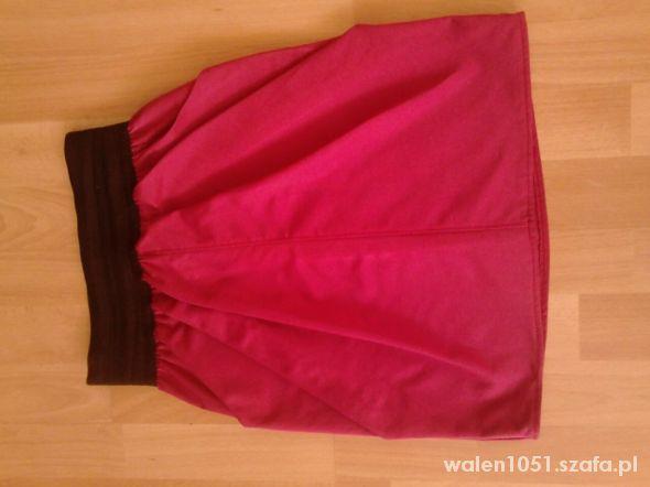 Spódnice Malinowa spódniczka 36