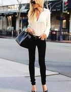 KLASYCZNIE biała koszula czarne spodnie szpilki