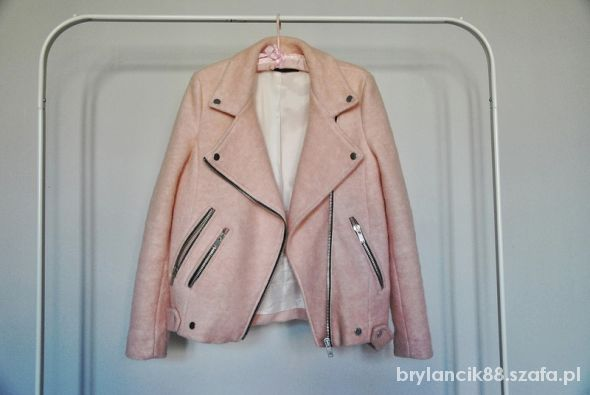 pink wool stradivarius pastelowa wełniana kurtka