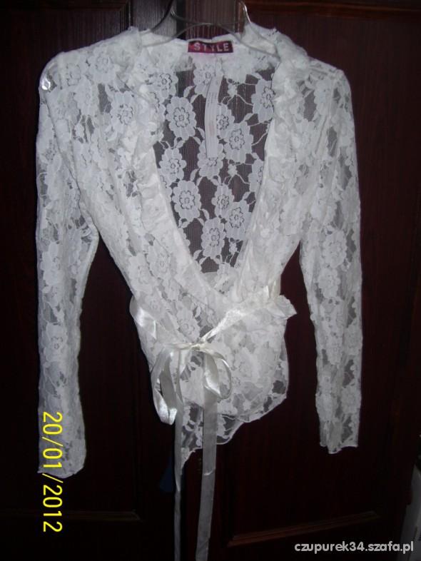 nowa biała bluzka z koronki wiązana na zakładkę