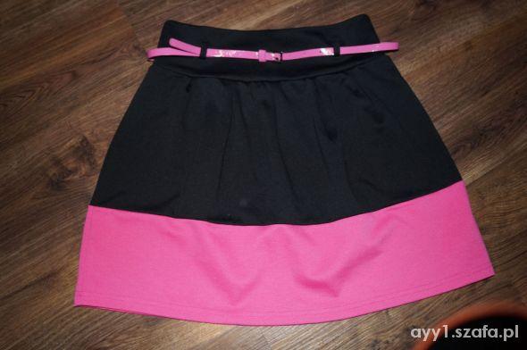 Spódnice Cropp Czarno różowa spódnica