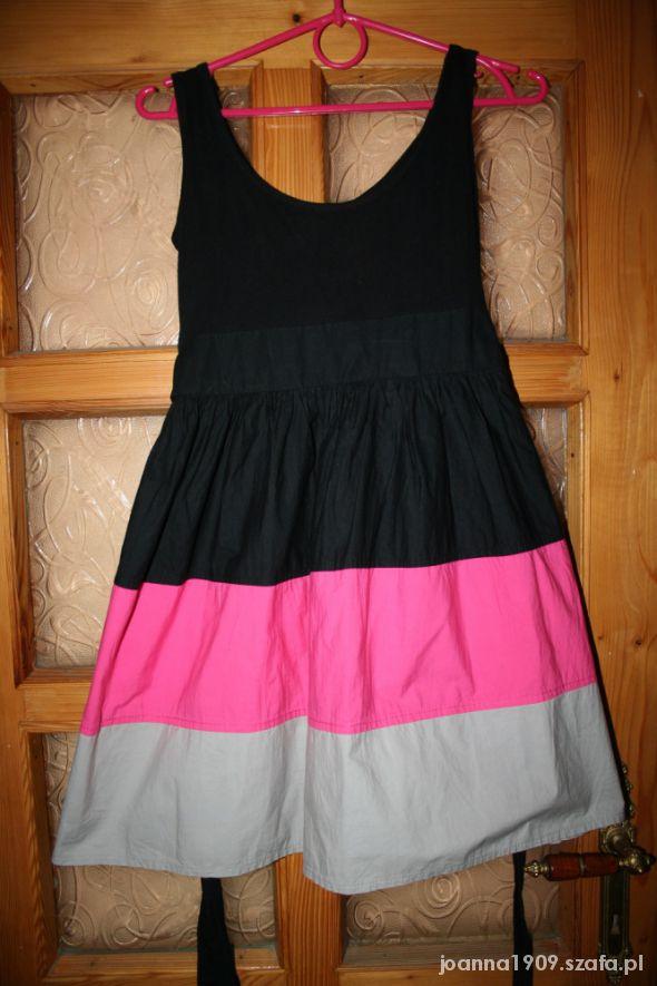 sukienka XS rozkloszowana sportowa