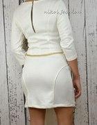 pikowana biala sukienka...