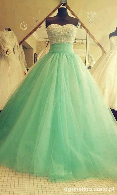 Ubrania wymarzona suknia slubna