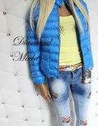 Niebieska pikowana kurtka