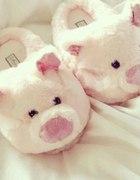 różowe świnki...