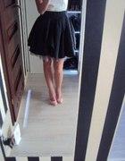 dresowa spodniczka z tiulem
