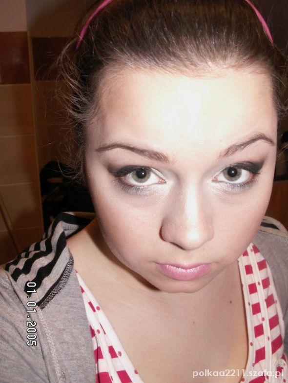 Fryzury Makijaż wieczorowy