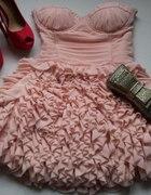 Lipsy Vip sukienka