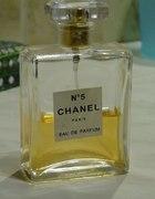 Chanel nr 5...