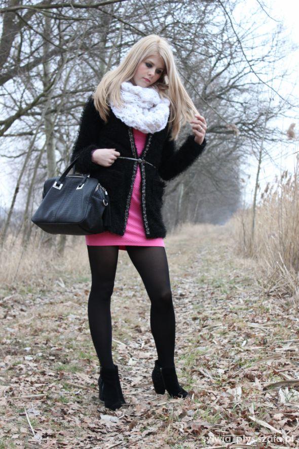 Mój styl Rożowo Czarno