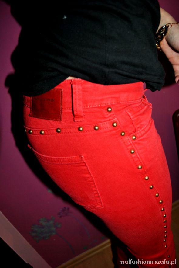 ZARA czerwone RURY ćwieki na całej długości 34 XS w Spodnie