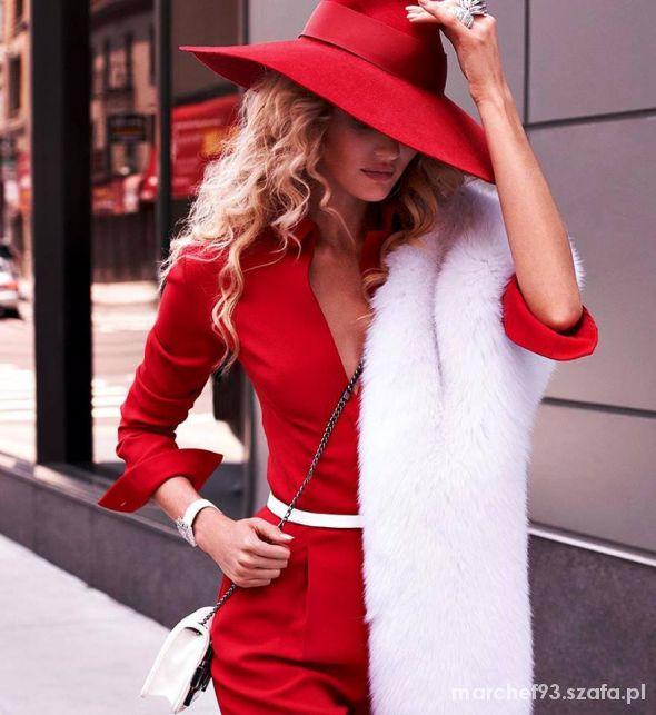 Eleganckie cudowny czerwony zestaw