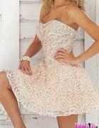 sukienka rozkloszowana kamienie