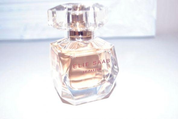 Le Parfum Elie Saab perfumy...