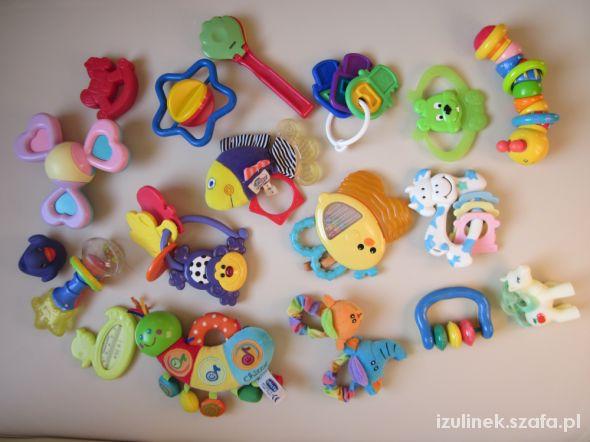 Zabawki Mega zestaw grzechotek i gryzaków 17 sztuk