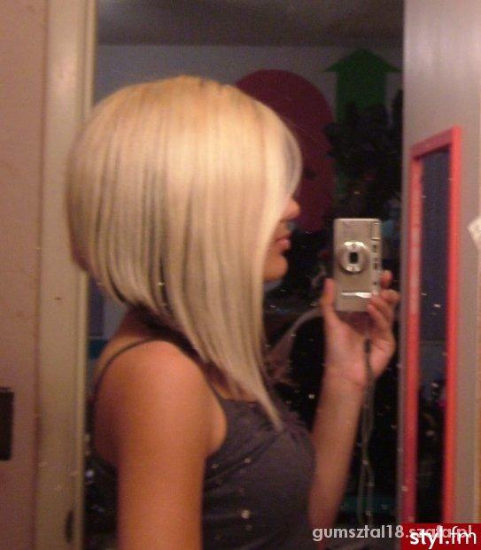 Fryzury bob na długich włosach