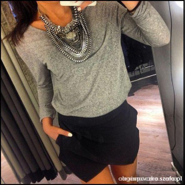 szara bluzka sweterek