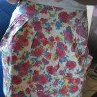 spodnica w kwiaty