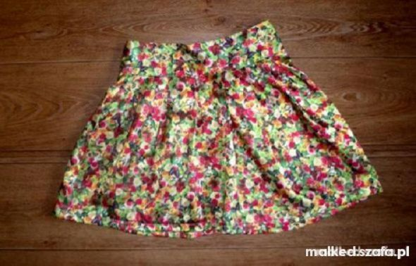 Spódnice wiosenna rozkloszowana spódniczka floral