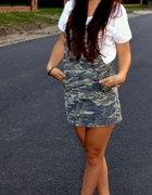 Sukienka ogrodniczka