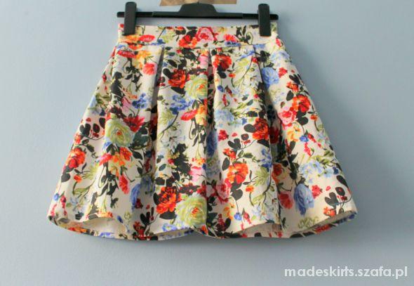 Spódnice HIT WIOSNY rozkloszowana spódniczka w kwiatki