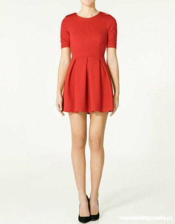 Czerwona rozkloszowana sukienka ZARA