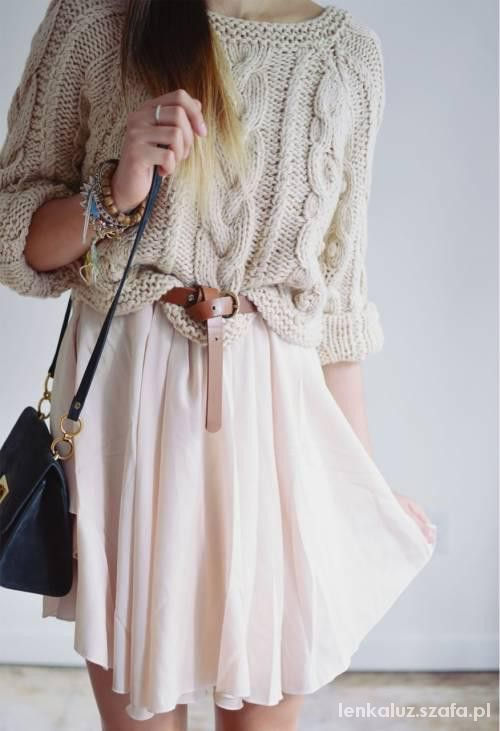 Swetry na drutach Własne stylizacje