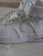 AIR FORCE WHITE RED