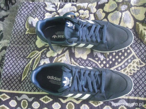 gran descuento venta aliexpress Precio 50% Adidas adiLago Low w Obuwie - Szafa.pl
