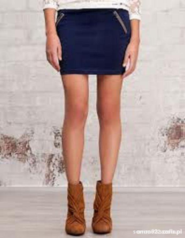 Spódnice STRADIVARIUS spódniczka