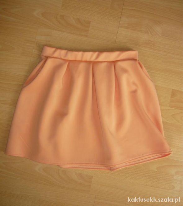 Spódnice Spódniczka rozkloszowana nowa