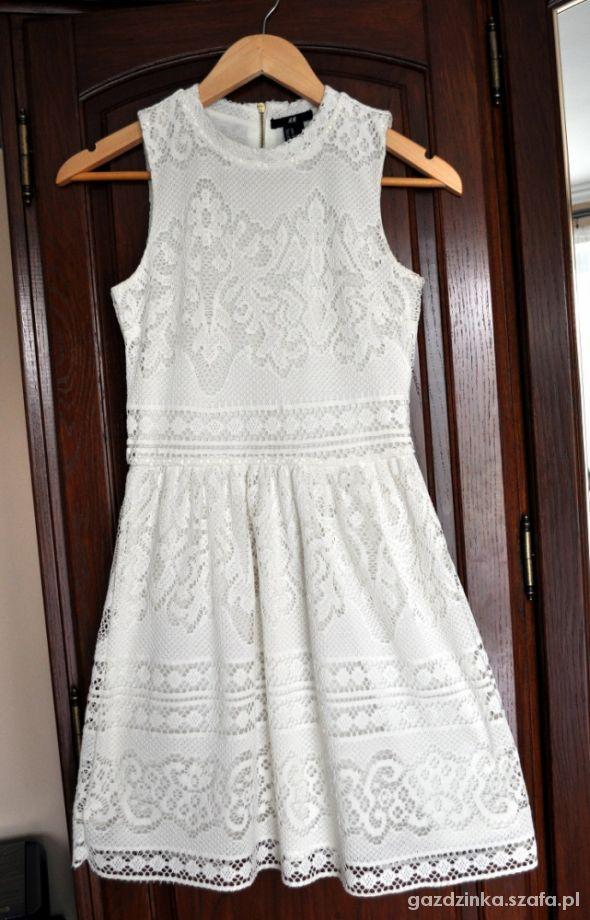 biała koronkowa sukienka HM w Suknie i sukienki Szafa.pl