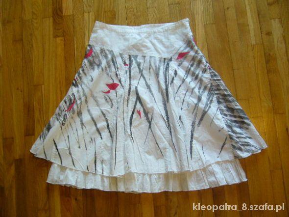 Spódnice CROPP XS S biała rozkloszowana spódniczka