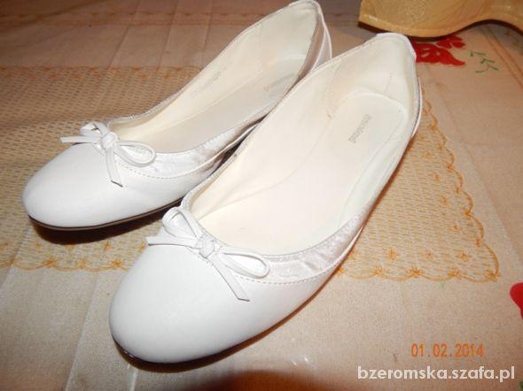 3e32f2147b27c0 NOWE Deichmann białe balerinki rozmiar 40 w Balerinki - Szafa.pl