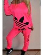 Neonowe dresy addidas