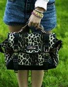 leopard & pudrowy róż