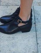 topshop boots cut out