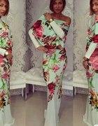 Kwiatowa suknia