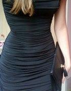 Szukam sukienki marszczonej L
