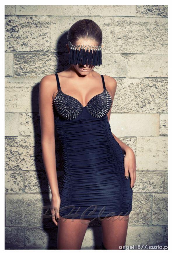 sukienka kolce...