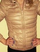kurtka pikowana stradivarius bezowa puchowa