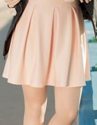 super modna spódnica rozkloszowana z zakładkami