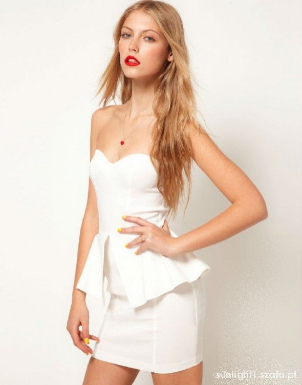59e1a37c024fc2 Suknie i sukienki Rare biała sukienka z baskinką Nowa z metką XS 34