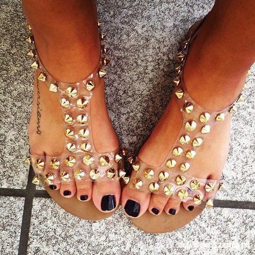 przeźroczyste sandały ćwieki