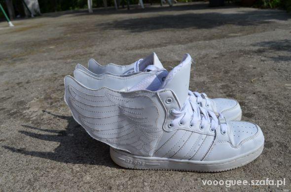 buty skrzydła adidas jeremy scott białe w Sportowe Szafa.pl