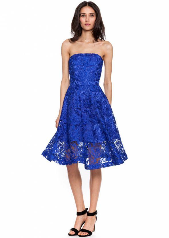 Koronkowa sukienka simple z najnowszej kolekcji...