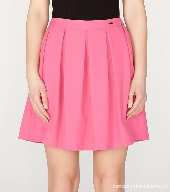 Spódnice Różowa rozkloszowana spódnica Mohito