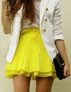 yellow i white