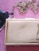 Złota szkatułka Bershka...